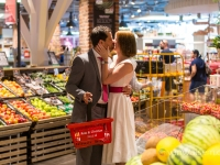 After Wedding-Shooting im Supermarkt